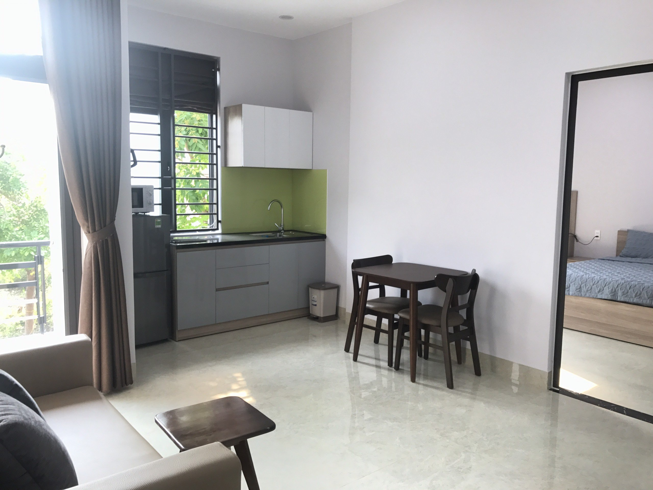 Apartment For Rent Da Nang with 2 balconies