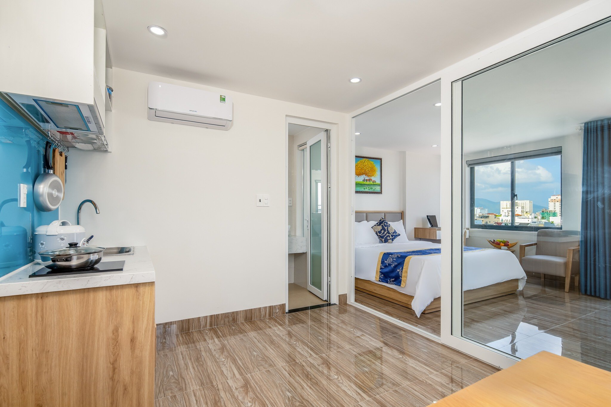 BRAND NEW 1 BEDROOM APARTMENT FOR RENT IN AN THUONG AREA DA NANG