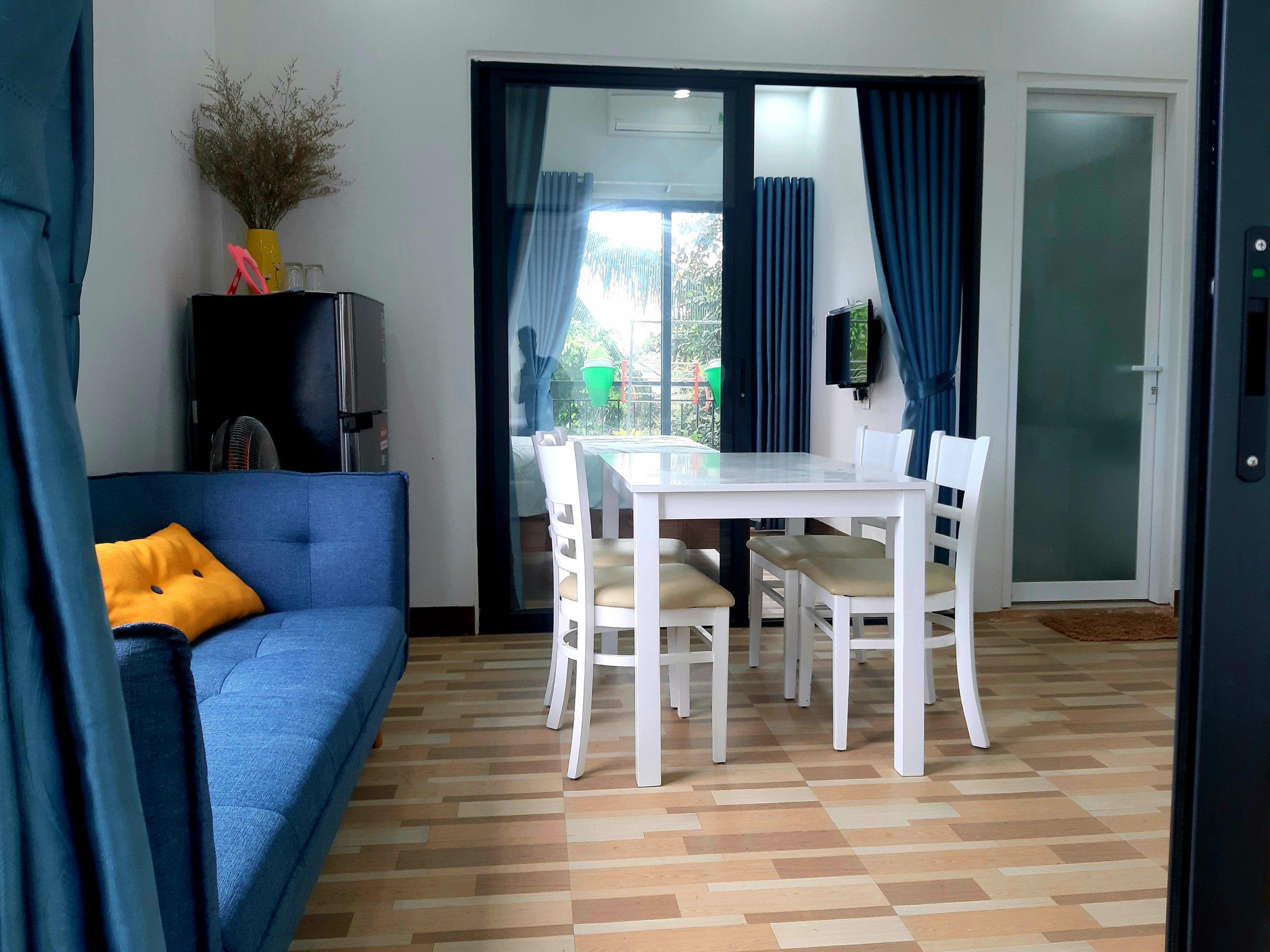 2 bedrooms apartment for rent close to beach Da Nang