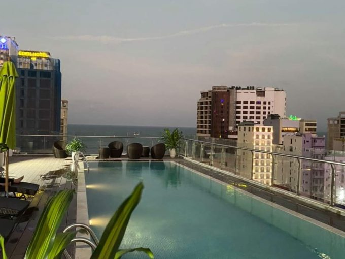 10fdb9618a9972c72b88 1 Apartment with pool near the beach