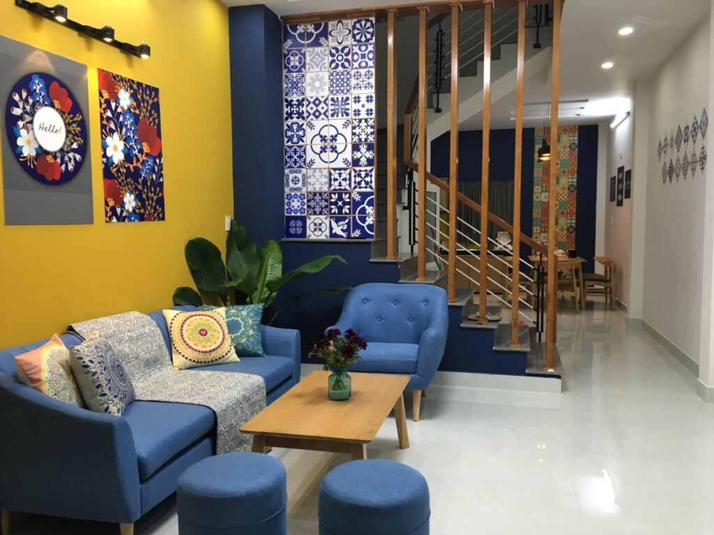 4 bedrooms house for rent with front yard Da Nang