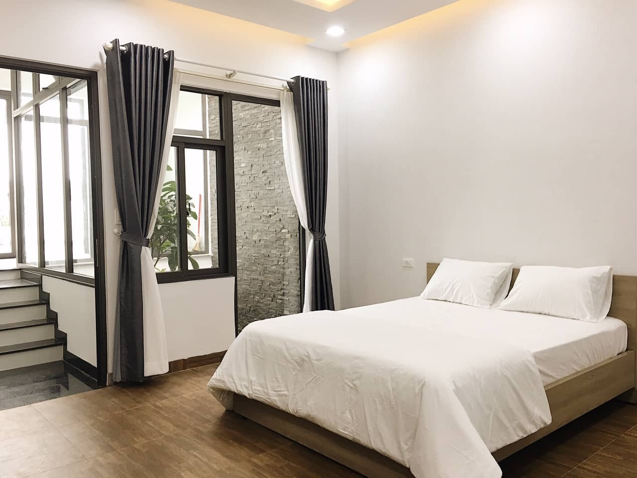 Big house For Rent Da Nang with 4 bedrooms