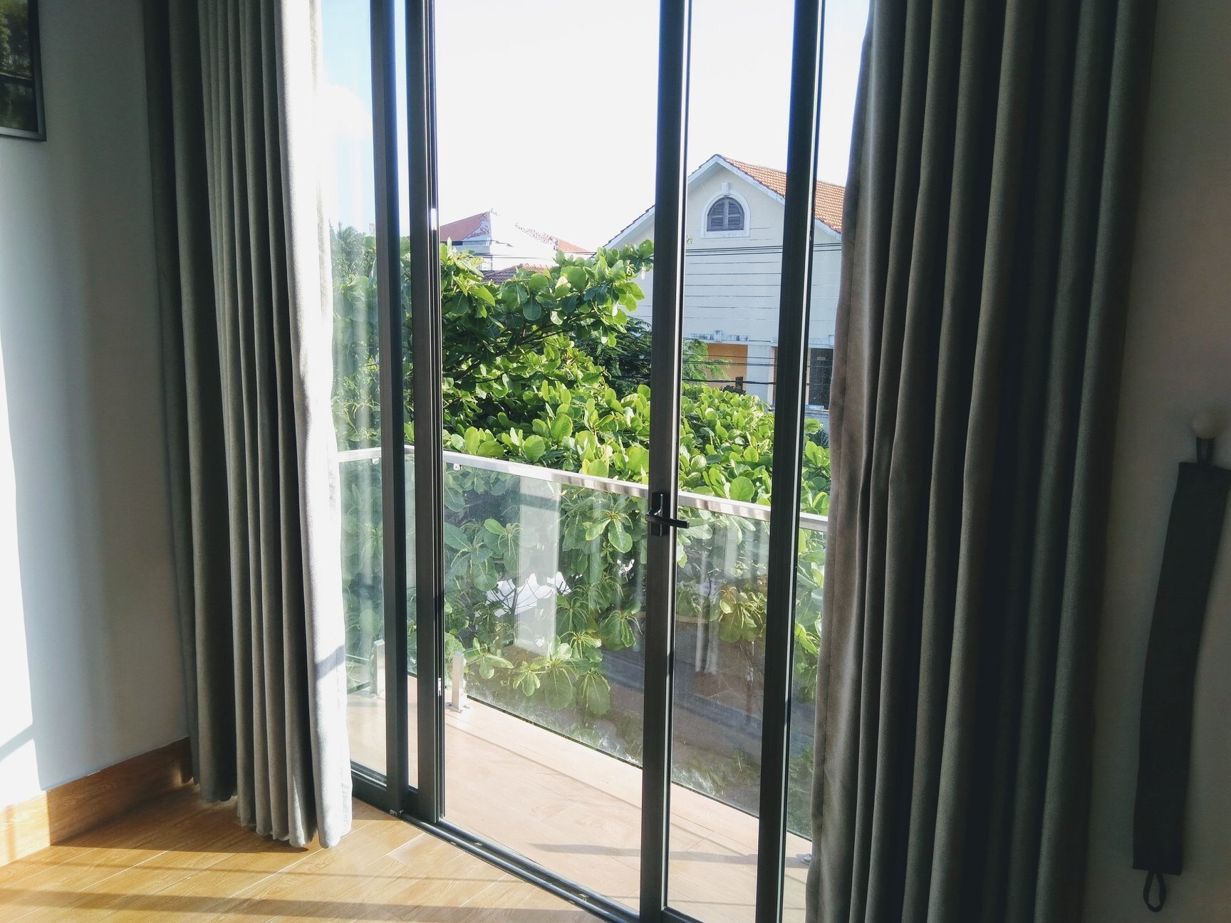 2 bedrooms apartment For Rent Da Nang on third floor house