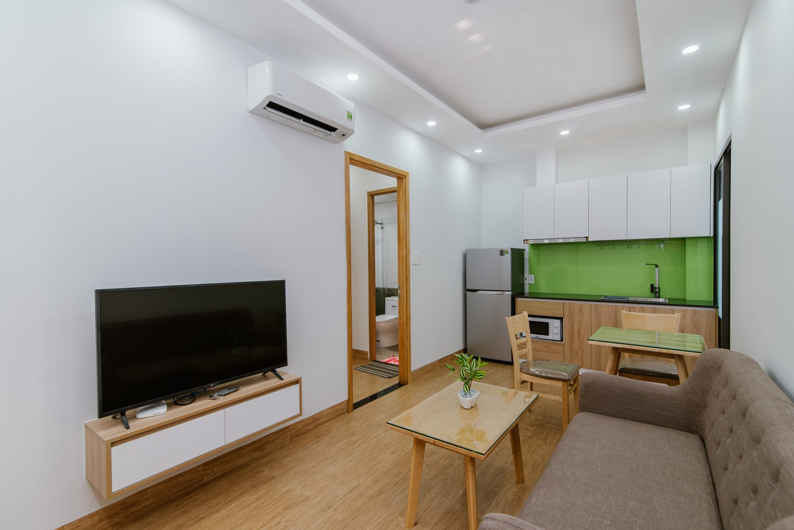 High end 1 bedroom Apartment For Rent near Nguyen Van Thoai Street Da Nang