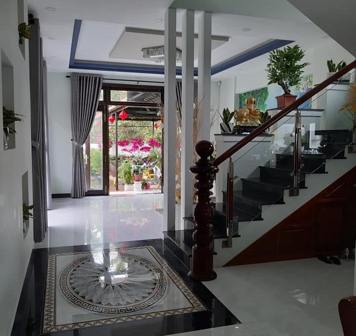 3 Bedrooms pool villa
