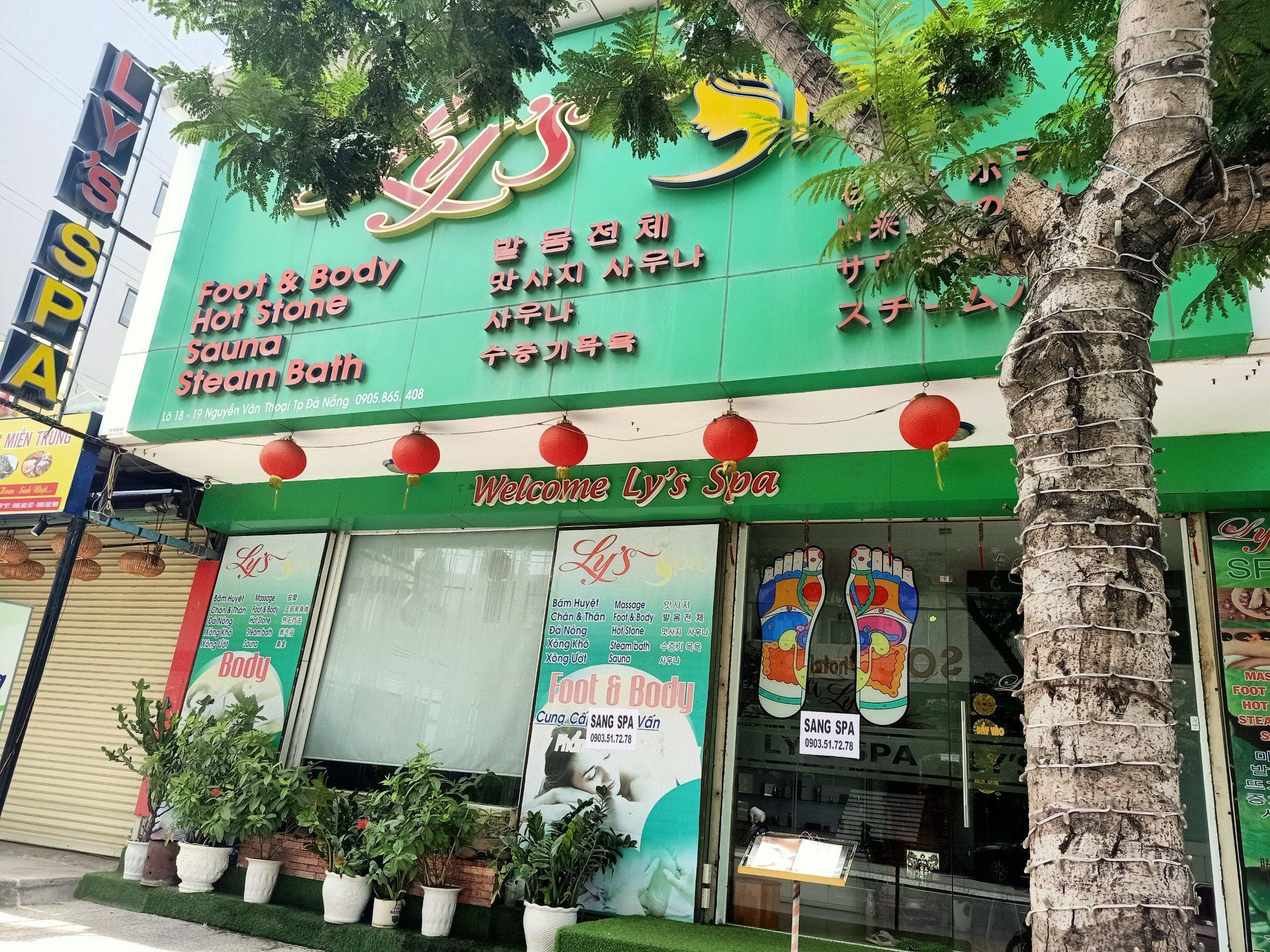 Commercial house for rent Da Nang