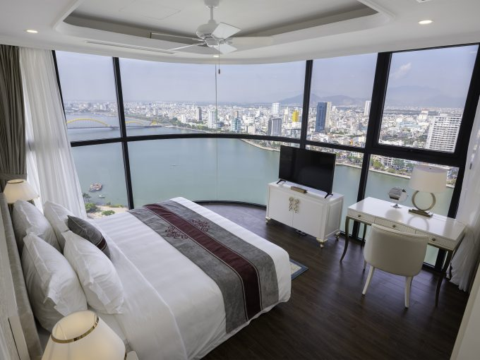 Room1 view7 5 Star Apartment For Rent Vinpearl Codotel Riverfront Da Nang