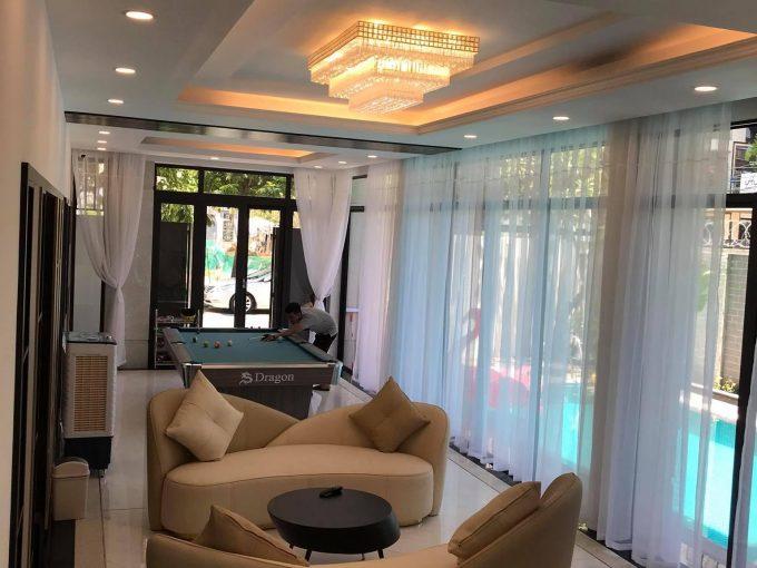 21cdd71b3f3ec3609a2f A spacious 5 -bedroom villa for rent in Son Tra Da Nang