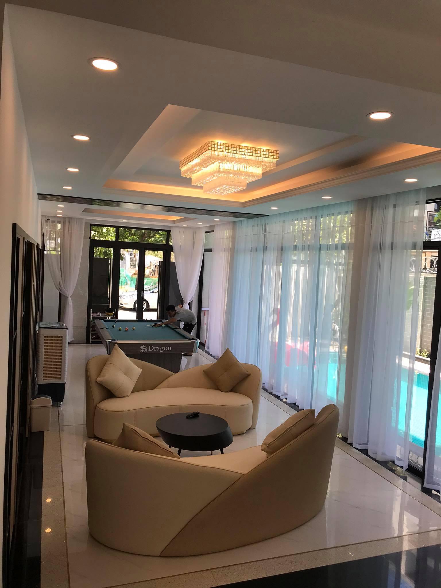 A spacious 5 -bedroom villa for rent in Son Tra Da Nang
