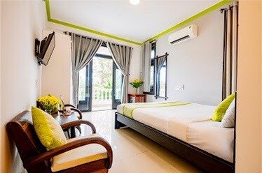80272955 572277993454899 2412566807428589098 n Seven Bedrooms House For Rent Hoi An With Lake View