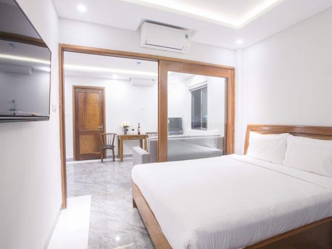 z2104165679691 5d935b9fae1c02a1243e79b5850950fc Sea View One Bedroom Apartment For Rent In Ngu Hanh Son Da Nang