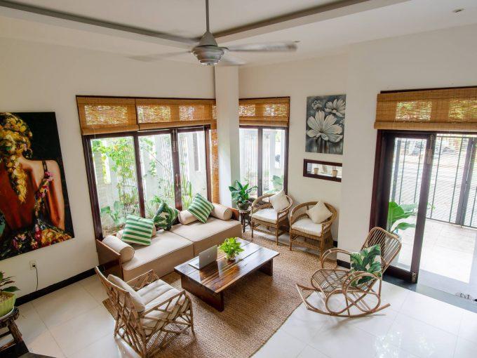 z2109883933405 4c1b584e424c09954e400f426c05ef21 Modern Asian Four Bedrooms House For Rent Son Tra Da Nang