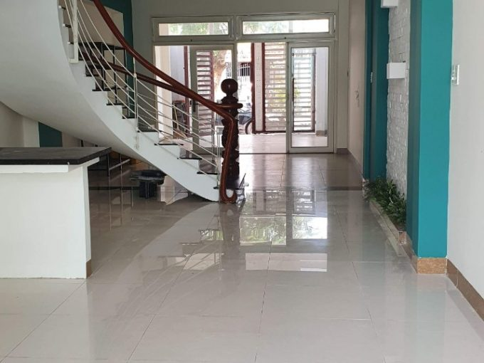 z2112177616572 7c4c266e99106bdb2465357c7c85b2b7 Unfurnished Two Bedrooms House In Hai Chau