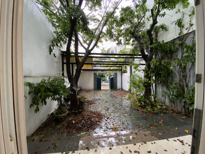 z2116601769658 c6eab58c643a229c0017050e0cc19752 Four bedrooms House For Rent With Generous Kitchen In My An Da Nang