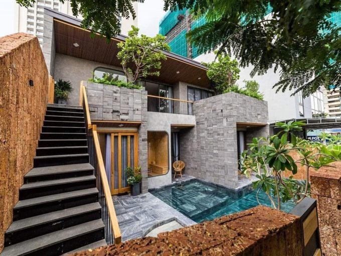 z2156638724785 7ac0cffd961e44236f2feb6fcc1b0a7b Industrial Style Five Bedrooms Villa For Rent Near Pham Van Dong Beach Da Nang