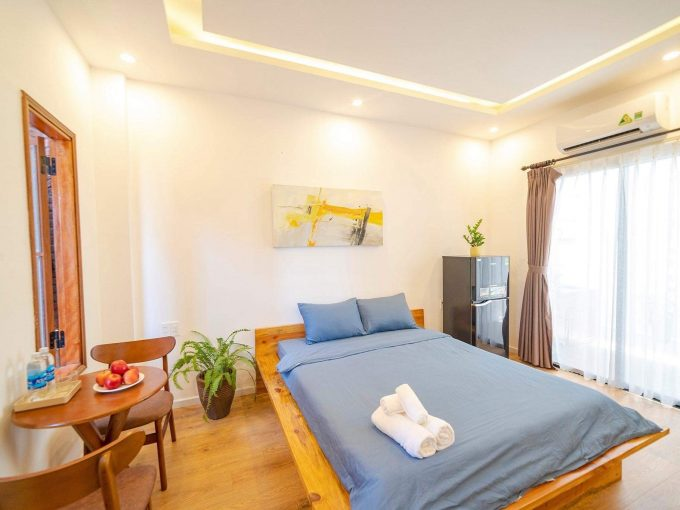 z2157921088083 53c9e83e3147d67f09b7c4a4ab9cf751 Contemporary One Bedroom Apartment For Rent Near An Thuong Da Nang