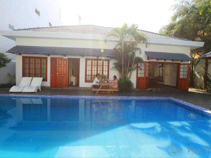z2201207916824 03795f8fb3ace6a9f2e285b0d43bf310 Mid-Century Modern Three Bedrooms Villa For Rent Near My Khe Beach Da Nang