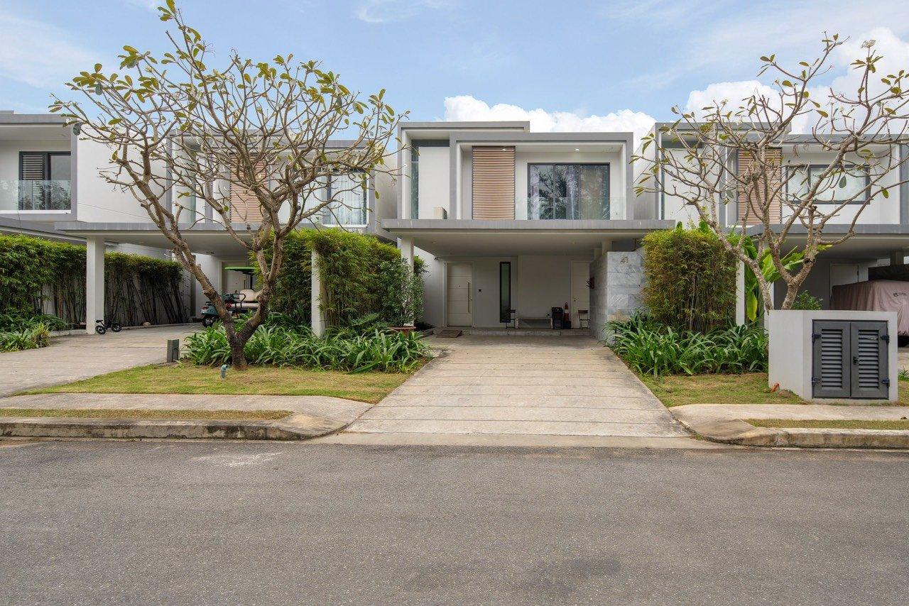 Villa for rent in Danang