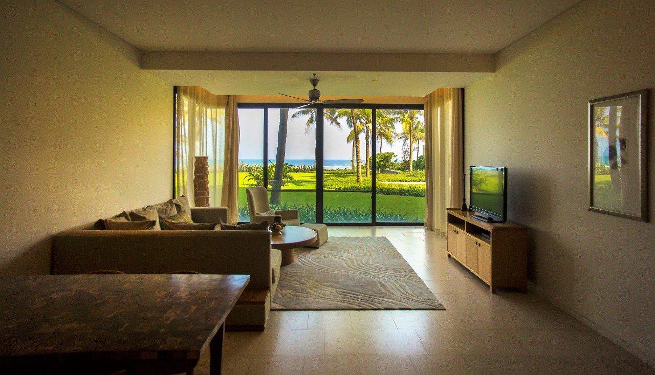 Stunning 3 Bedrooms Beachfront Apartment For Rent in Hyatt Regency Da Nang
