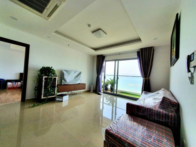 z2402241451514 52ba4fca1326753ba33db832baf904f6 Modern Three Bedrooms Apartment For Rent In Hai Chau Da Nang