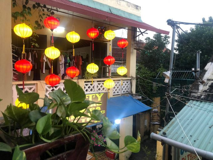 137241697 238886197674654 2302734067301733566 n Commercial House For Rent In Old Town Hoi An