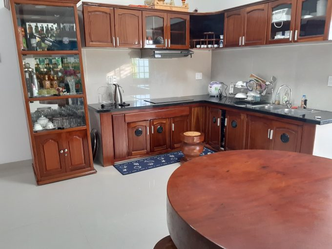z2502969371926 5e076f81a386bad21c532686fd6d47ea Homely Four Bedrooms House For Rent Near The Beach Da Nang