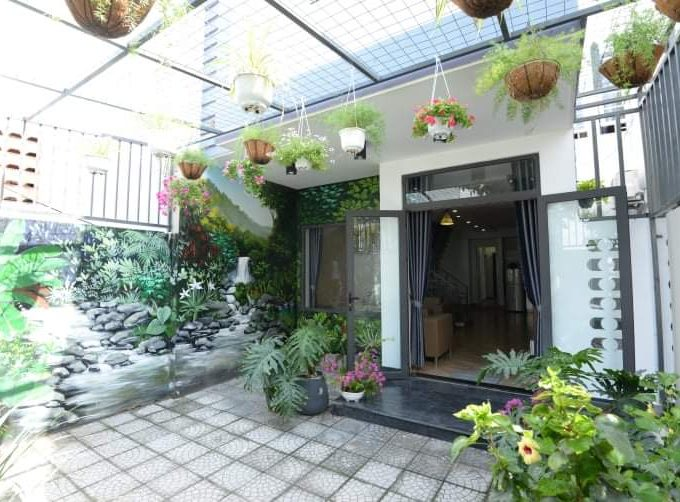 z2553239984804 09c35f61a80f8e02b96ac44ffe1a479b Modern Bright Three Bedrooms House For Rent Son Tra Da Nang