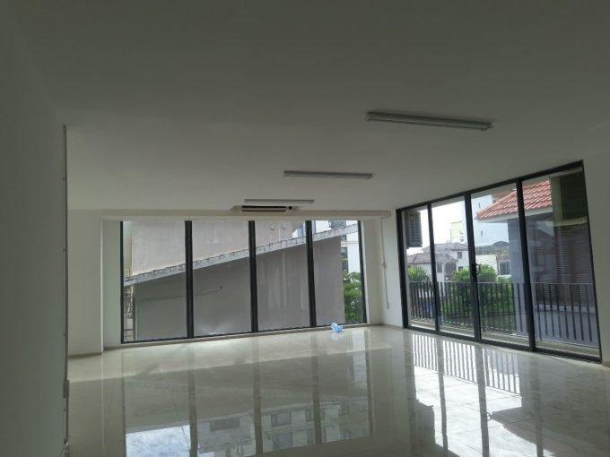 z2594783522673 cbb49eb2a9b9f8ee5587420be12ed84d Chic Office Floor For Rent In Son Tra Da Nang