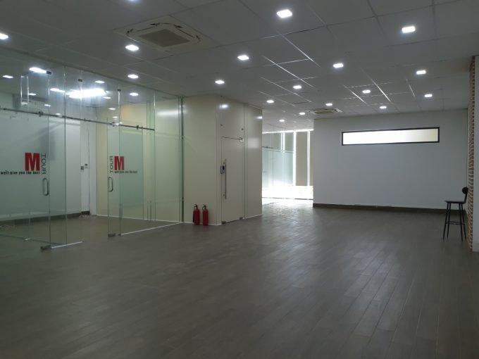 z2602789945674 8040f325624889f7afa3301045d78c09 Office Building For Rent On Tran Hung Dao Son Tra Da Nang