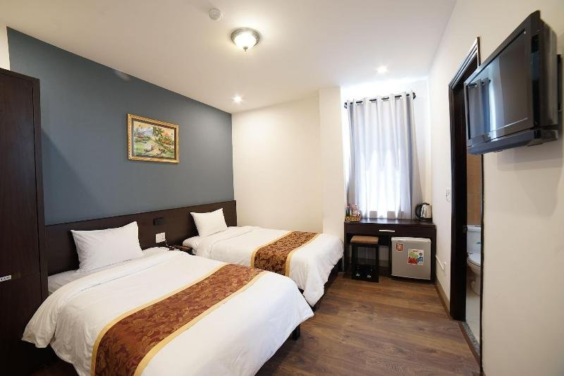 Hotel for lease in Da Nang – Walking distance to the beach